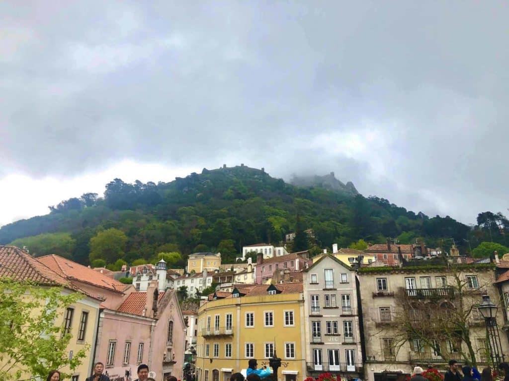 Castello dos Mouros von der Altstadt aus fotografiert