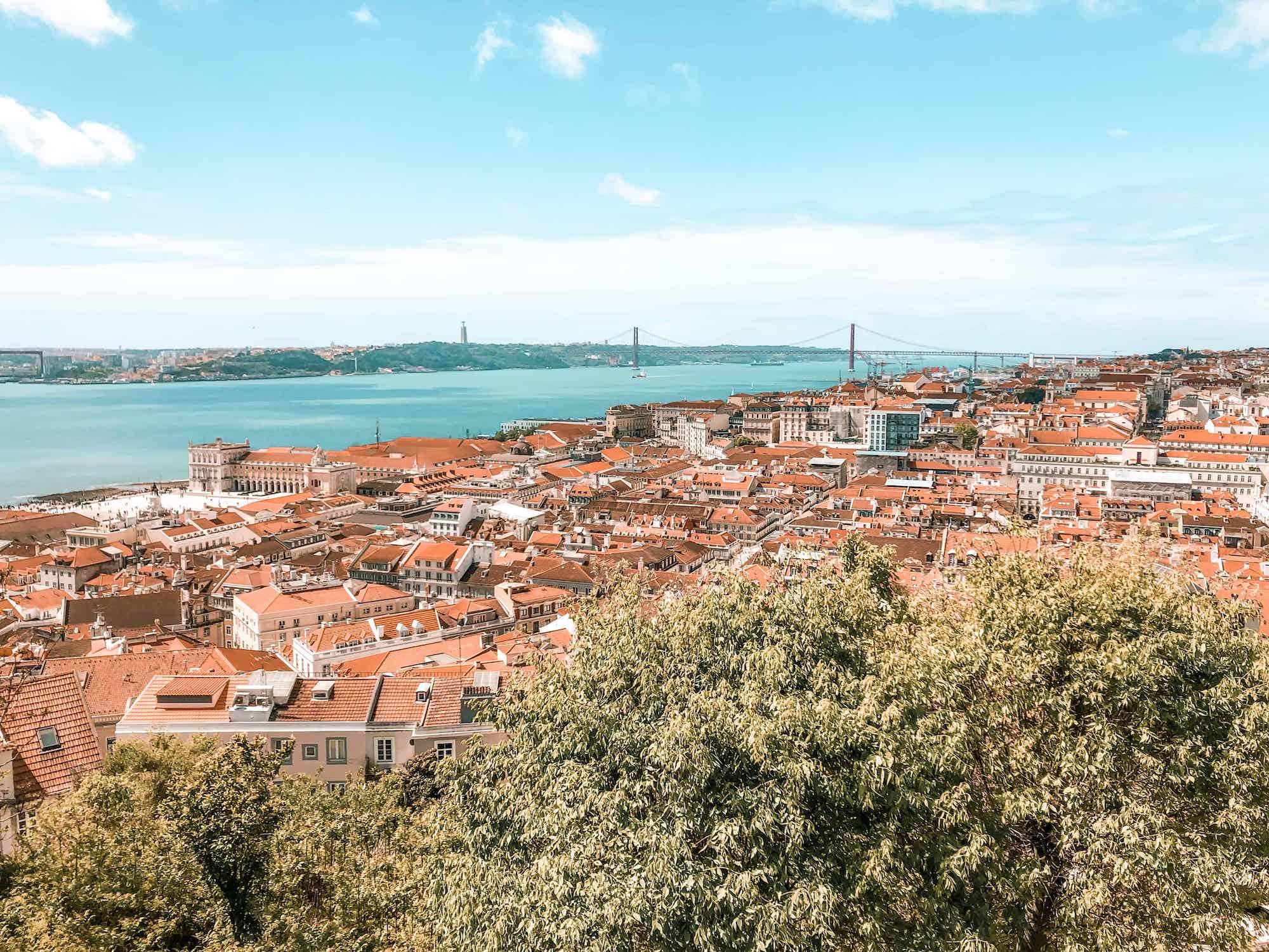 Eine tolle Aussichtsplattform in Lissabon