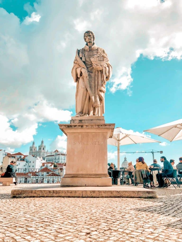 Santa Luzia Aussichtspunkt Statue