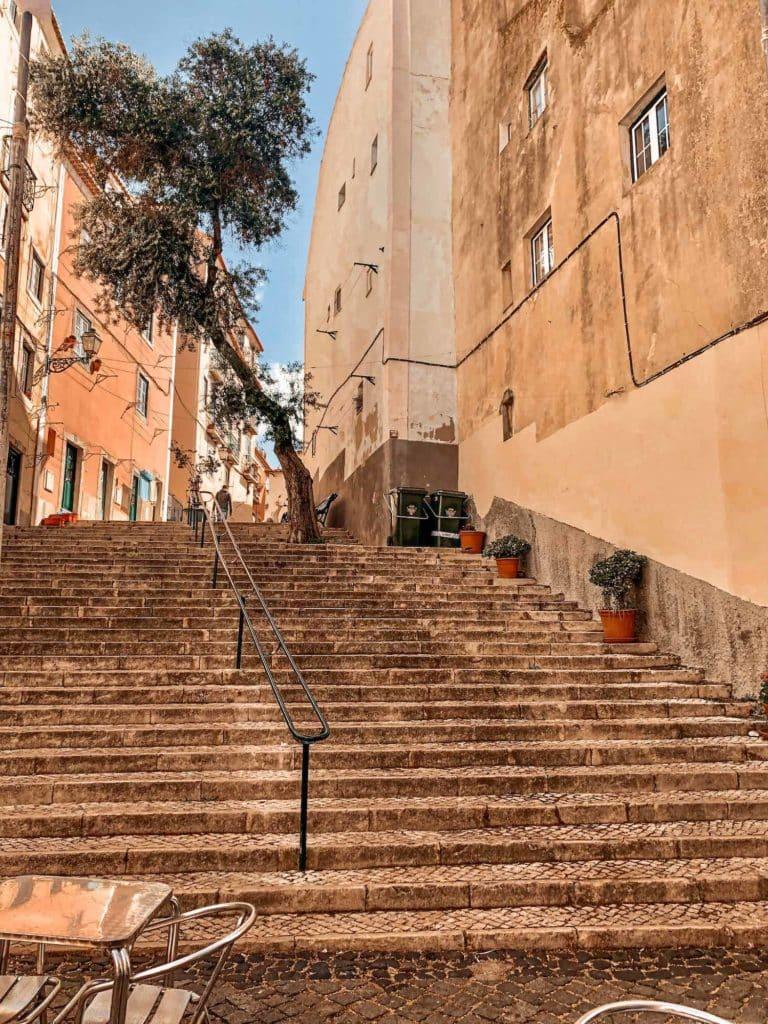Treppen der Innenstadt in Lissabon