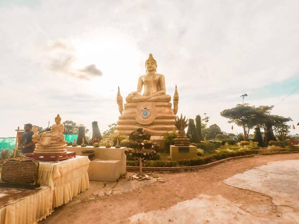 Big Buddha in Thailand ist eine Sehenswürdigkeit