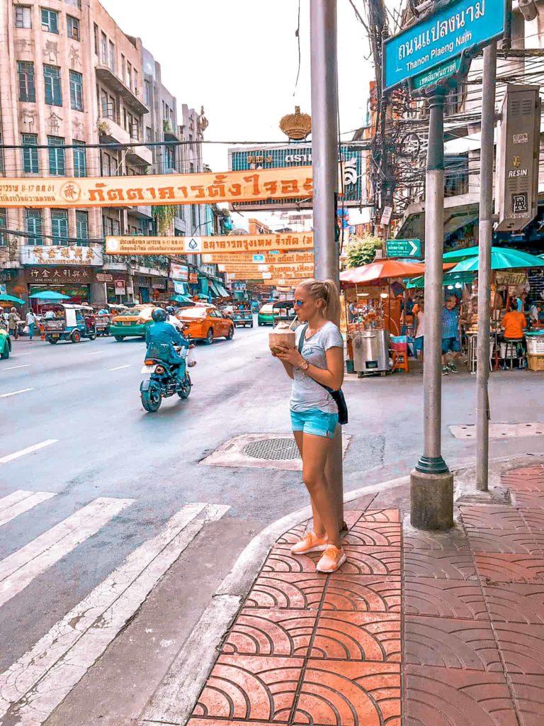 Straße in China Town in Bangkok