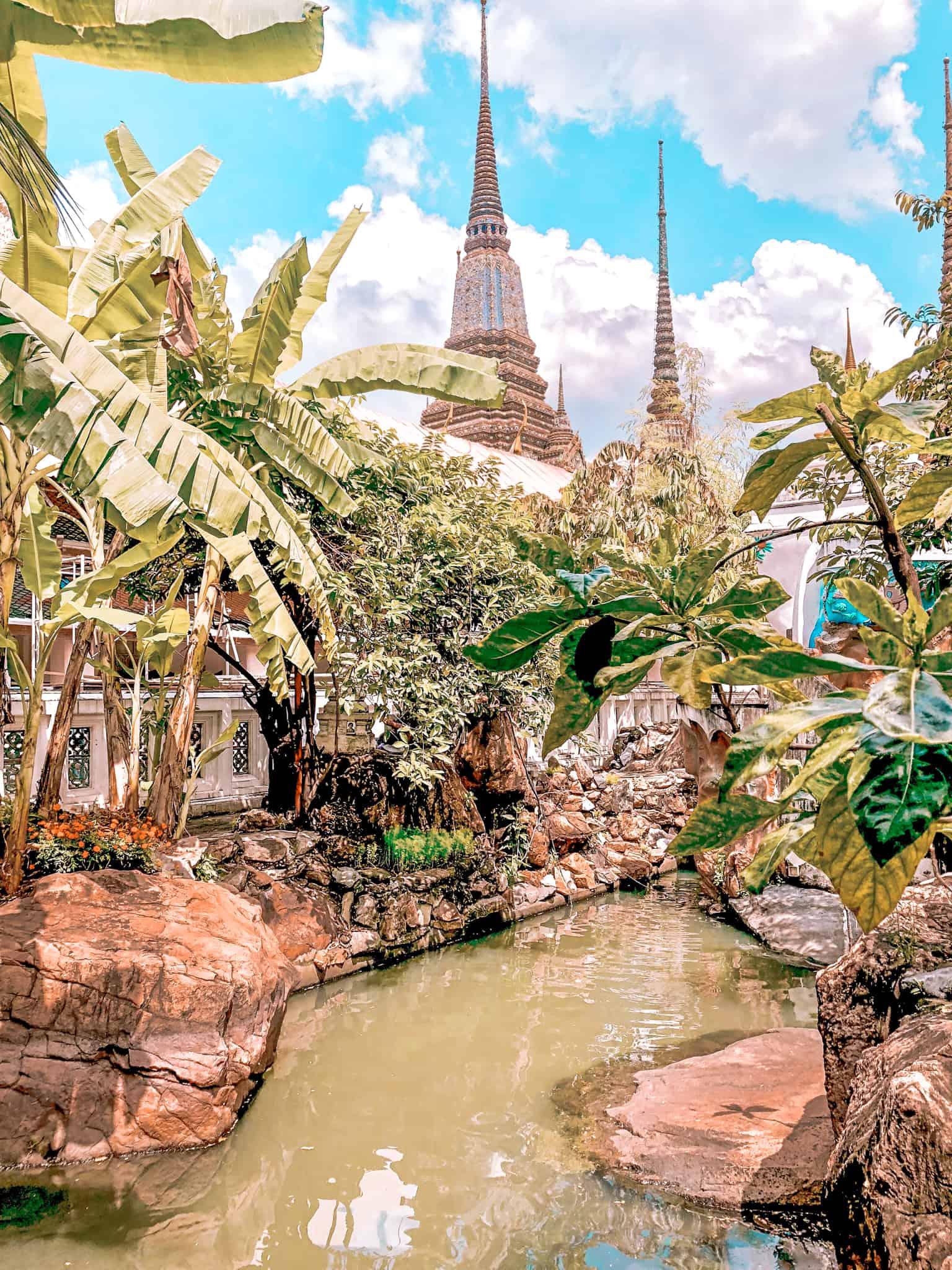 Der Garten im Phra Borom Maha Ratchawang