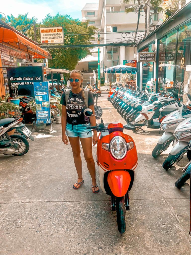 Rollermietstation in Thailand
