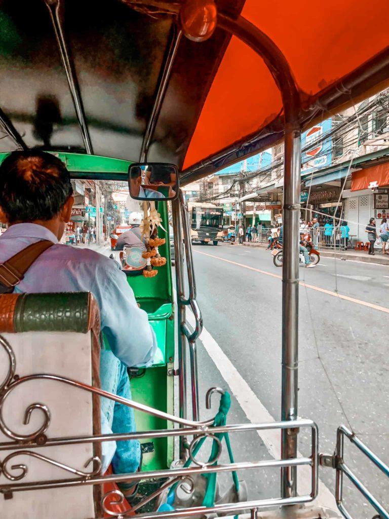 """Fortbewegungsmittel """"Tuk Tuk"""" in Bangkok"""