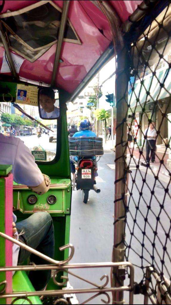Tuk Tuk in Thailand fahren