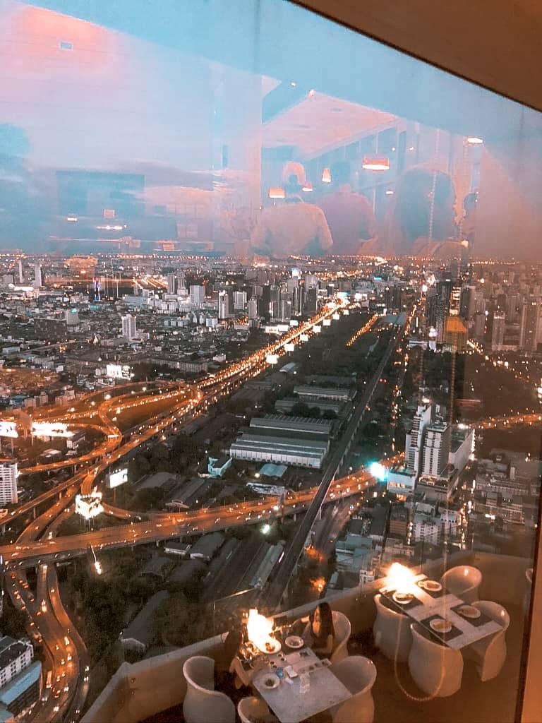 Aussicht über Bangkok von innen