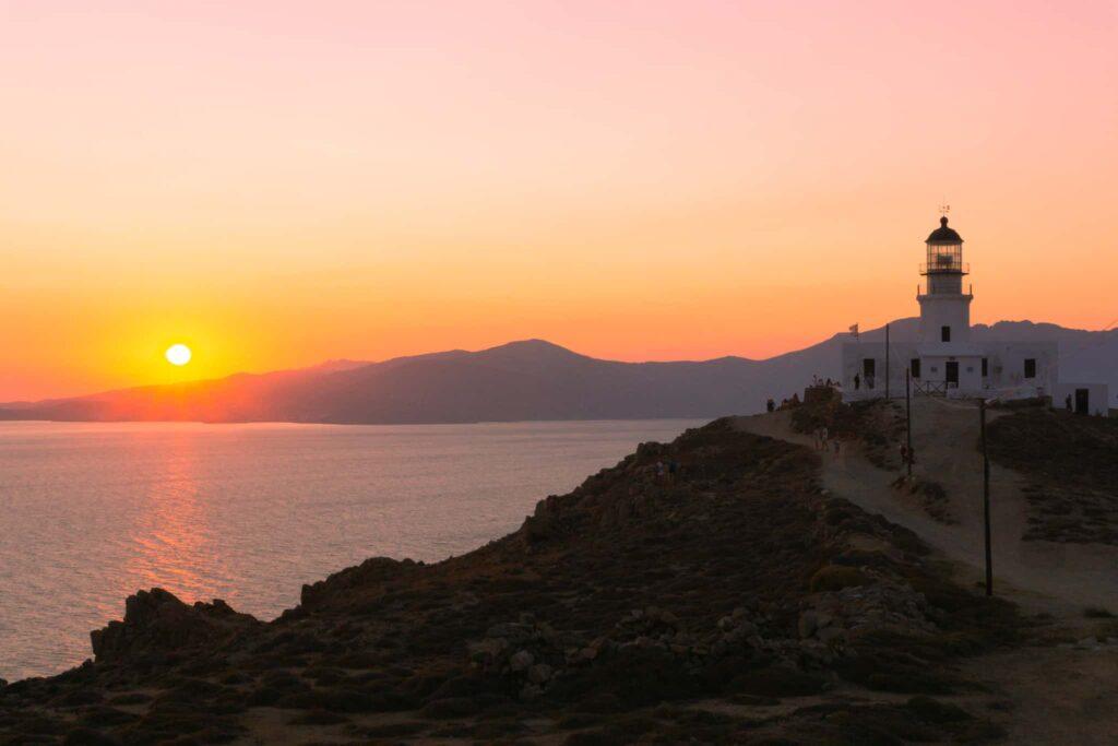 Der Armenistis Leuchtturm ist ein toller Ort für Instagram Fotos