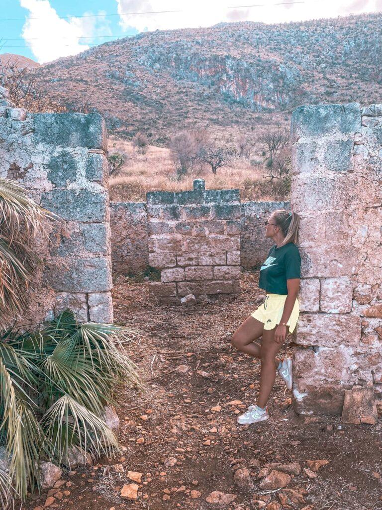 Ruine im Nationalpark von Sizilien